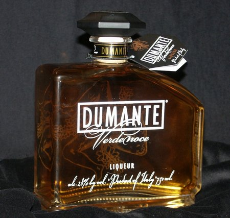 Dumante Bottle